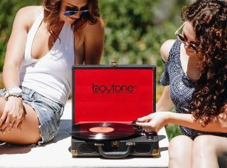 Let the system play itself. #TakeYourMusicAnywhere  The new #Boytone Portable Bluetooth Turntable.